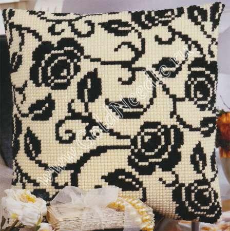 Вышивки черно белые подушки
